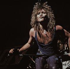 Jon Bon Jovi, Bon Jovi 80s, Bon Jovi Pictures, Bon Jovi Always, Artist Wall, Rock Legends, Music Bands, Rock Bands, Famous People