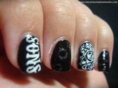 sons of anarchy nail art :O
