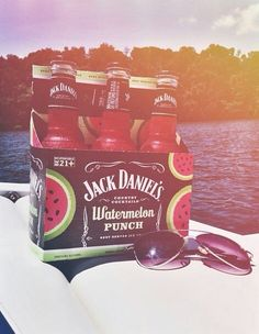 Shared by ingute. Find images and videos about summer, watermelon and jack daniels on We Heart It - the app to get lost in what you love. Party Drinks, Fun Drinks, Yummy Drinks, Alcoholic Drinks, Beverages, Cocktails, Watermelon Punch, Alcohol Aesthetic, Partys