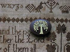 Willow Tree Needle Minder