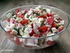 sałatka pomidory z fetą, doskonała na grilla Anti Pasta Salads, Pasta Salad Recipes, Veggie Recipes, Dinner Recipes, Cooking Recipes, Healthy Recipes, Healthy Food, Appetizer Salads, Polish Recipes