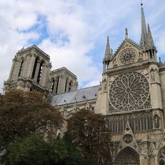 The beautiful architecture of Notre Dame #notredame