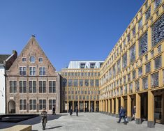 Completed in 2016 in Deventer, The Netherlands. Images by Scagliola Brakkee. The new city hall in Deventer unites the old historical city hall with a new city office. The new building complex is located at the 'Grote Kerkhof'...