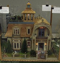 Clairevue Cottage 1895, exhibited by Joan Claire Bergstrom at the Fall 2012 Seattle Dollhouse Miniature Show.  Photo © 2012 Lesley Shepherd
