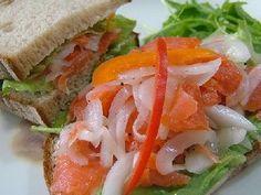 パリ風サーモンと新たまねぎのサンド♪の画像 Healthy Food, Healthy Recipes, Caprese Salad, Junk Food, Japanese Food, Sandwiches, Food And Drink, Foods, Cooking