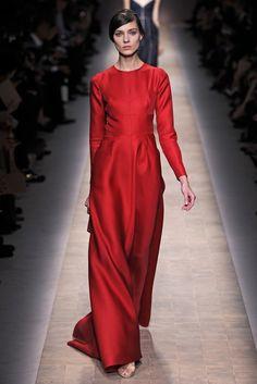 Valentino RTW Spring 2013 - Runway, Fashion Week, Reviews and Slideshows - WWD.com