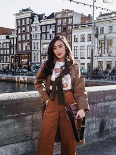 6 Uniqlo Items Inside Every Fashion Girl's Wardrobe Source by women outfit Tailored Trousers, Uniqlo Women Outfit, Uniqlo Style, Geek Underwear, Girl Fashion, Fashion Outfits, Fashion Goth, Ootd Fashion, Casual Outfits