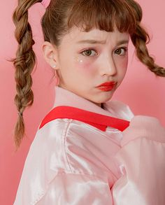 💟chuu×chisato yoshiki 💟 #chuu #ちぃぽぽ #コラボ撮影 #Collaboration #COMINGSOON #2017aw #秋コーデ #strawberrymilk Indie Photography, Photography Sketchbook, Portrait Photography, Pose Reference Photo, Face Reference, Japanese Hairstyle, Aesthetic People, Face Expressions, Portraits