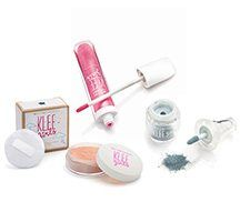 Your tween wants to wear makeup put as a parent you are not ready. here is a new line of safe makeup for tweens and little girls