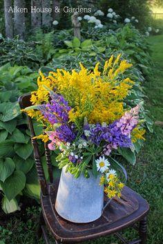 ♥ Aiken House & Gardens: Late Summer Bouquets