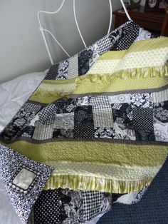 Black/White/Lime Green baby quilt Vintage Baby Gender Neutral, Baby Quilts, Sewing Ideas, Lime, Blanket, Black And White, Bed, Green, Vintage