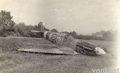 spitfire_forced_landing.jpg 640×393 pixels