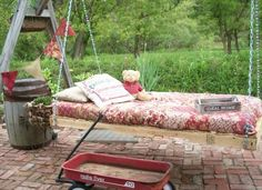 Pallet Bed Swing Upcycle