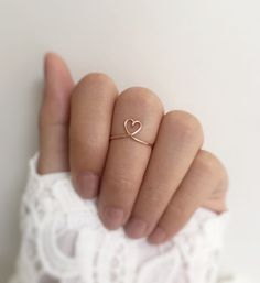 Rose Gold Heart Ring // heart ring,copper heart ring,rose gold ring,delicate ring,heart wire ring,stacking rings,minimalist jewelry
