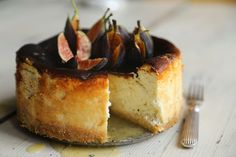 Fig and orange goat's cheese cake recipe and menu for this Saturday's marmalade tea Goat Cheese Recipes, Fig Recipes, Cake Recipes, Dessert Recipes, Cooking Recipes, No Bake Desserts, Just Desserts, Delicious Desserts, Yummy Food