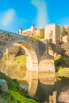 Walking Tour of Toledo Spain {Day Trip from Madrid} - Plain Chicken
