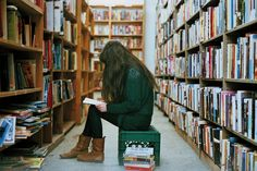 You should date a girl who reads - by Rosemary Urquico