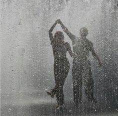 CLASES DE BAILE PARA NOVIOS – PILAR OLIVARES BSD – BAILAS SOCIAL DANCE MÁLAGA CENTRO Primer Baile de Boda. Vals, Tango, Bachata, Salsa, Pasodoble, Swing… Clases de baile para grupos y particulares. C/ Esperanto nº8, 29007. Málaga 951 39 33 20 // 622 71 86 86 www.bailasmalagacentro.com
