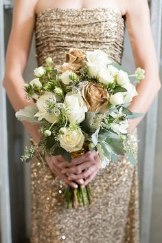 Gold and white rose bouquet | Mikkel Paige Photography and Moana Events | see more on: http://burnettsboards.com/2015/05/industrial-glam-wedding/