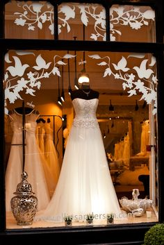 Výsledek obrázku pro interier wedding boutique jasmine bridal