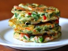 Low calories #VEGETABLE pancakes | #Recipes https://link.crwd.fr/3Y3I