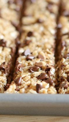 No Bake Chocolate Chip Granola Bars are THE BEST and easiest way to make granola bars! PLUS they're a million times cheaper AND healthier than the store bought kind!