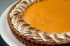 Lime Meringue Tart http://herloo.com/content.php?id=904 #recipe #food #desserts