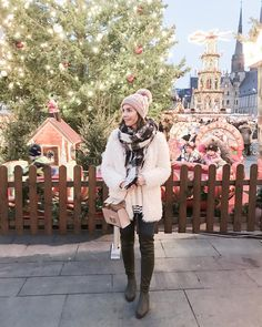 Yasmin from In love with blog wearing stretch overknee boots #nrrapisardi #firenze #cuissardes #overknees #stretchboots #veganshoes