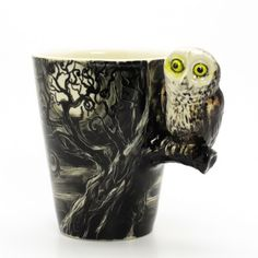 """Wow! Hoe mooi is deze uilenmok! De """"Nightmare owl"""" mok is alleen wel een beetje prijzig: €55,-."""