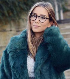 Min mote- og skjønnhetsstil - Emilie Tømmerberg intervju