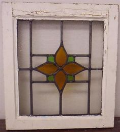 OLD ENGLISH LEADED STAINED GLASS WINDOW Simple Flower Design
