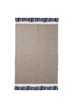 Designstuff offers a wide online selection of Scandinavian home decor, including a versatile collection of decorative rugs by ferm Living. Blue Bath Mat, Nordic Design, Scandinavian Home, Online Shopping Stores, Rugs On Carpet, Dips, Furniture Design, Textiles, Decorative Rugs