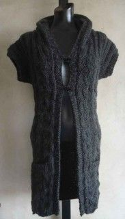Already have the pattern for this and in the process of making it for my daugter...maybe I will have it finished for Christmas 2013! #85 Wavy Textured Hooded Vest PDF Knitting Pattern #knitting #SweaterBabe.com