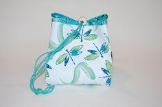 Fat Quarter Project ~ Project Bag Tutorial « Sew,Mama,Sew! Blog