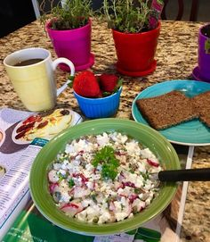 Healthy Cottage Cheese with Radishes and Chives – Mika Lesim