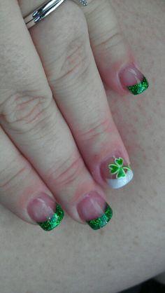 ideas nails design glitter st patrick for 2019 Fingernail Designs, New Nail Designs, French Nail Designs, Gel Nail Art, Nail Nail, Boxing Day, Diy St Patricks Day Nails, Fancy Nails, Cute Nails
