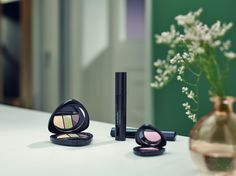All Dr. Hauschka Skin Care and Make-up products are certified to the international quality seal for natural and organic cosmetics, NATRUE. They are all free from synthetic fragrances, dyes and preservatives.