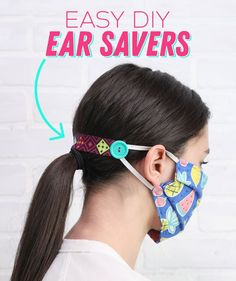 These simple DIY ear savers are made to help protect the ears from chafing when wearing a medical face mask. These are a great item to donate to hospitals to show support to nurses and healthcare… Sewing Hacks, Sewing Tutorials, Sewing Projects, Sewing Tips, Diy Projects, Sewing Crafts, Dress Tutorials, Garden Projects, Sewing Ideas
