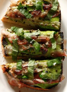 Creamy pea butter and crunchy sourdough toast combine for a savory breakfast, lunch or dinner. Bacon Soda, Creamy Peas, Cream Cheese Mints, Best Bacon, Savory Breakfast, Brunch, Food Trends, Food Processor Recipes, Salads