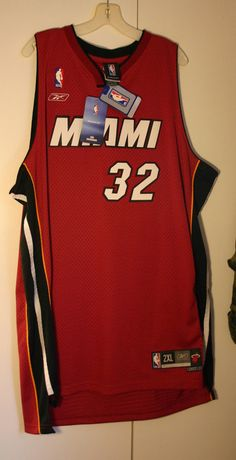 53d8aa912 Reebok Miami Heat Number 32 Shaq O Neal NWT Still With Tag Never Used Size  2X Official Fan Apparel Perfect Unused Condition! We Ship Fast!