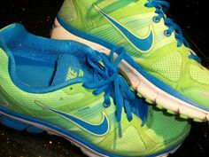 Neon Lime and Blue Lunar swifts. I want. So badly.