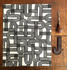 Linoleum Block Printing, Gelli Printing, Stamp Printing, Screen Printing, Textile Prints, Textiles, Gelli Arts, Fibre And Fabric, Fabric Painting