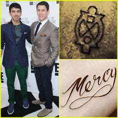 Nuevos tatuajes de Nick & Joe Jonas