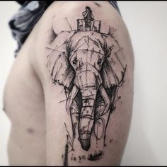 Safari  #victormontaghini #victormontaghinitattoo #electricink #everlastink #acasadoartista #goldenacrylics #tattooistartmag #tattrx #equilattera #thebesttattooartists #goldenpaints #elephanttattoo #elephant