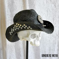 Womans / Black, studded by Includes surrounded by Crossfit Memes, Look Rockabilly, Kentucky Derby Hats, Wedding Humor, Animal Design, Hats For Men, Headpiece, Cowboy Hats, Tattoo Quotes
