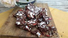 I have a very quick and very easy healthy Christmas treat recipe for your Christmas Cheer. Once you have the 3 foundation ingredients cacao butter, cacao and yacon powders, then you can raid your pantry for the add ons. I'm using Yacon powder as the sweetener in this healthy Christmas…
