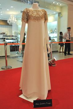 Ramones, Philippine Fashion, Couture Details, Bridesmaid Dresses, Wedding Dresses, Pigs, Women's Fashion, My Style, Board