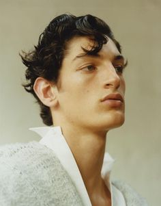 Aaron Shandel by Dham Srifuengfung - Vogue Hommes,