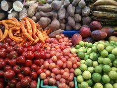 Colores Frutales , Mercado Central
