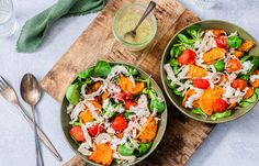 Zoete aardappelsalade met pulled chicken I Love Food, A Food, Good Food, Eating For Weightloss, Pulled Chicken, Dried Beans, Proper Diet, Eating Habits, Fresh Rolls